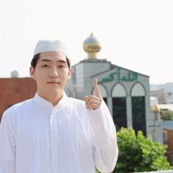 Feature : Youtuber Korea Jadi Mualaf, Bukti Islam adalah Agama Rahmatan Lil Alamin
